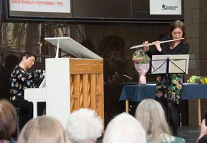 Utdelningsceremonin i Kulturmagasinet i lördags omramades av musik från Mona Kontra, piano, och Maria Garlöv Thorsell, flöjt.