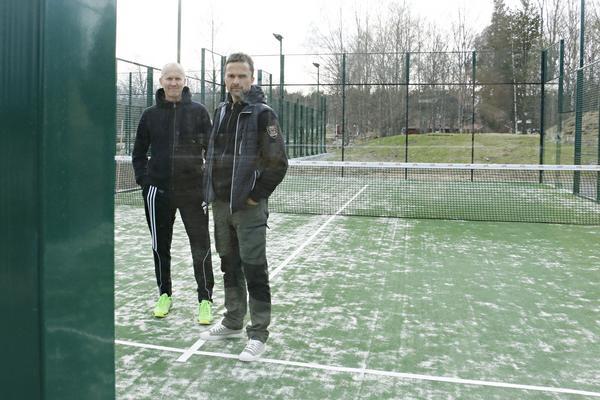 Även i Högbo går att spela. Bilden är tagen i våras när Tony Johannesson och Mathias Woxlin visade upp sin investering.