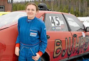 Nellie Höök under sitt debutår som folkraceförare 2016. FOTO: Eleonore Lennermark/Arkiv