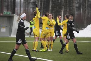 Med fyra snabba mål på 13 minuter avgjorde Ljusdal i derbygenrepet.