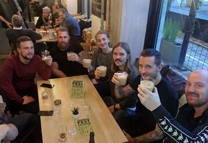 Mikkeller running club gillar kombon att springa och avsluta med gemensam öl på lokal.