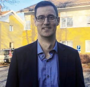 Anders Lind, överläkare på reumatologmottagningen i Gävle, får årets handledarpris. Bild: Region Gävleborg.