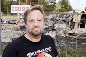 Kent Karlsson anser att Hackås skoterklubb är utsatt för ett kuppförsök från ett antal nya medlemmar.