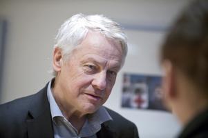 Foto: TT   LSS är en rättighetslag, som kom till tack vare den tidigare folkpartiledaren Bengt Westerbergs och andra liberalers agerande, skriver Bo Persson (L).