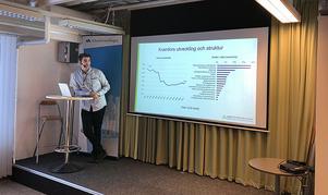 Martin Gandal analyserade arbetsmarknaden i Kramfors. Det ser ganska ljust ut, men återkommande är företag som har problem att hitta rätt kompetens vid nyanställningar.
