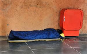 Enligt siffror från Socialstyrelsen är totalt 68 personer i Dalarna akut bostadslösa. I den kategorin ingår bland annat de som sover i offentliga lokaler, utomhus eller i trappuppgångar, tält, bilar eller motsvarande. Foto Hasse Holmberg / SCANPIX