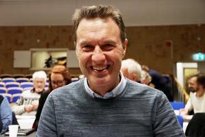 Vi har ett bra debattklimat och högt i tak. Vi kan ha avvikande meningar i olika frågor, säger Mikael Jonsson om samarbetet med Socialdemokraterna, Liberalerna och Miljöpartiet.