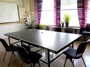 Pingisbord som fiffigt konferensbord.