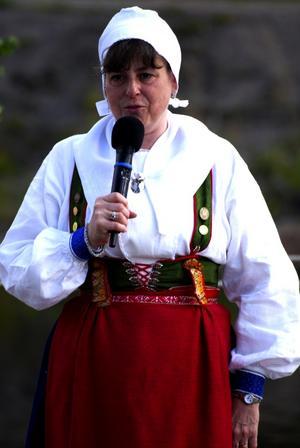 Ordföranden. Geine Edenius välkomnar årets gäster till Rättviksdansen Folklore Festival. Foto:Christian Larsen
