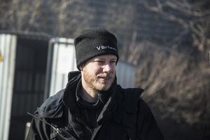 Eddie Åkerlind från räddningstjänsten i Norrtälje är instruktör.
