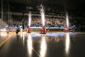 Det finns gott om biljetter kvar till tisdagens hemmamatch mot Skellefteå.
