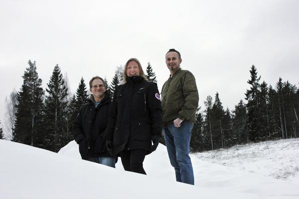 Tänker på barnen. Mikael Enér, Gigi Lönn Stråhle och Thomas Achrén jobbar hårt för att se till att alla som vill ska få ha det kul i backen i vinter.