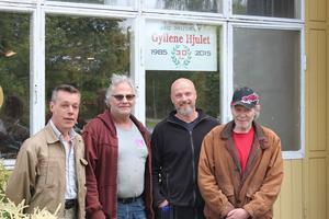 Från vänster: Pär-Erik Soliden, 58, arbetstränar, Benny Andersson, 56, museumägare, Johan Boliden, arbetsledare på Arbetscenter, och Lars Borg, 64, arbetstränar.