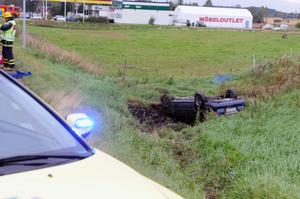 En person fick föras till sjukhus efter olyckan i Nås på tisdagseftermiddagen.