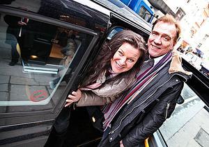 Laddar i London. Lotta Engberg och Christer Sjögren är just nu i London för att samla inspiration till kommande platta och vinterns julturné som kommer till Västerås Konserthus den 11 december.