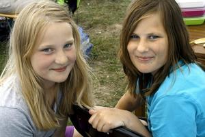 Roligt. – Att segla är bara kul, tycker Maja och Ebba Trygg, som har varit med ett år förut.