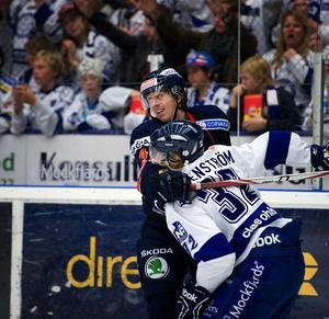 Leksand vann säsongens första möte mot Djurgården med 4–3 efter sudden death. På söndag drabbar Borlängegrabbarna Elias Granath och Jens Bergenström samman igen, då krislaget Djurgården tar emot serieledarna Leksand hemma på Hovet.