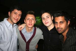 Pluto. Samer, Jema, Emil och Saad