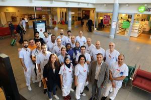 På bilden läkare vid Gävle sjukhus. Samtliga har en gång flytt till Sverige. Fotograf: Anders Friberg, Region Gävleborg