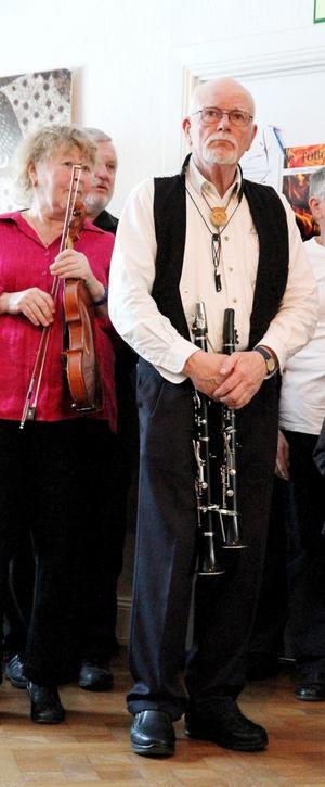 En del spelade till och med på två instrument.