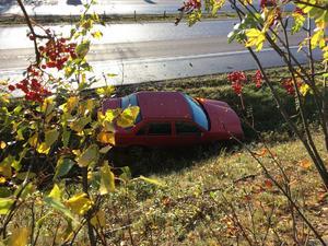 Bilen som kördes i diket under tisdagskvällen.