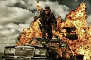 Tom Hardy axlar rollen som Max efter Mel Gibson.