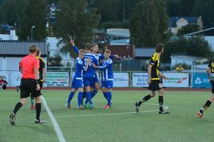 Med 2-0 efter straffspark av Petter Thelin kopplade Kramfors greppet om segern.