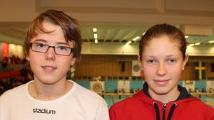 SUM-SIM medaljörerna Marcus Ålenius och Sarah Wallin.