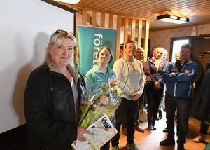 """Annica Nilsson startade företaget Dalafötter och satsar på uppsökande verksamhet med en specialinredd buss för de som behöver hjälp med sina fötter. Något som gav henne utmärkelsen """"Årets nyföretagare"""" i Älvdalen."""