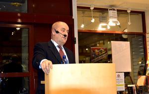 Christer van der Kwast gästade Akademibokhandeln Vängåvan och berättade om sin bok.