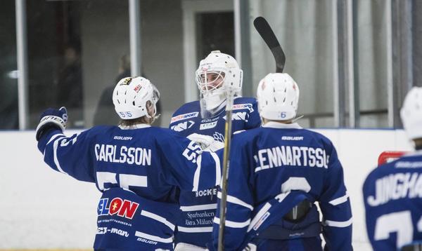 Christoffer Hanning hyllas också av Suratränaren Joakim Lundholm.