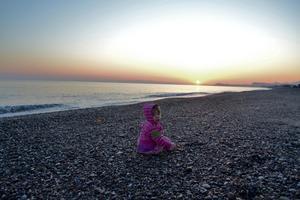 Mitt härliga  barnbarn Freja Tjärnetorp Narving i soluppgången på Kreta i maj