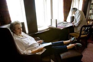 Sheila Watkinson uppskattar kryssningens lägre åldersgräns på 50 år så hon kan ta det lugn med sina jämnåriga.