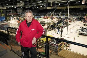 – Sundsvalls Motorshow blev så populär i fjol, så nu kör vi i år igen, säger Tommy Edström.