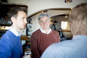 Fredrik Svedberg från Åkerblads i Tällberg med Hans From från Besöksnäringscollege Dalarna.