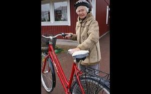 Eivor Johansson tar två rundor runt Rättvik varje dag.Foto: BIRGIT NILSES GRÖNDAHL