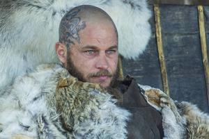 Travis Fimmel spelar Ragnar Lodbrok i