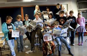 Tidningsmakare. Eleverna i årskurs 5 på Kronhagsskolan läser NA i tre veckor inför valet. De gör också sina egna tidningar.
