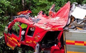 Det var i juli förra året som brandbilen kraschade ner i en ravin och två brandmän omkom. Foto: Jonatan Svedgård/Arkiv/DT
