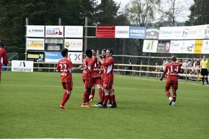 Anundsjös ytterback Konnor Scott Mc Gee har gjort 2–0, volley upp i nättaket.
