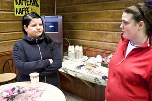 Therese Leosson och Tina Hagström är positivt inställda till en gruva. Inte minst för att det kanske skulle leda till att fler ungdomar valde att bo kvar i Frostviken.