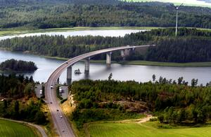 Hammarsundsbron är bara ett av alla de gigantiska projekt Klas Ruuth varit med om att bygga. Foto: NA/Håkan Risberg