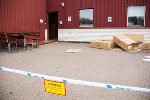 Under måndagsmorgonen genomfördes en teknisk undersökning vid Haglöfs lagerlokal i Källhagens industriområde.