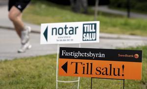 I Lantmäteriets lista över de senaste genomförda fastighetsaffärerna i Dalarna är det ett par försäljningar som sticker ut, bland annat en gård med pensionatverksamhet i Leksands kommun som såldes för sex miljoner kronor.