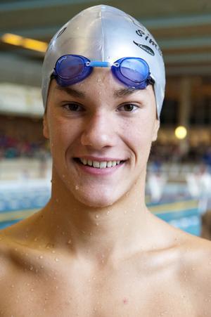 15-årige Rasmus Rantanen från Falu SS simmade 400 meter frisim och 200 meter rygg. Han vann båda sina distanser, trots att han varit sjuk några dagar innan.