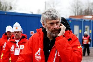 Thomas Wassberg är precis som åkarna inte alls nöjd med VM-underlaget här i Falun, men han menar att det är många enskilda detaljer som tillsammans ställt till problemen.