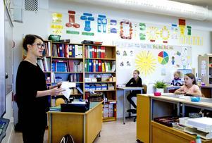 Maria Frensborg berättade för intresserade elever om livet som författare och hur karaktärerna i hennes böcker kom till.