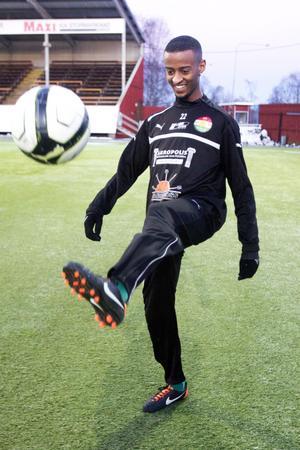 Eyasu Alemayehu, 21, är en bollskicklig mittfältare som ser fram emot spel i Dalkurd kommande säsong.