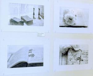 """Ingrid Thims segrarkollektion i svartvita klassen, fyra bilder som hon kallar """"Tidens andetag""""."""