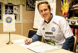 Marcus Olofsson träffade sina nya lagkamrater för första gången på onsdagskvällen.